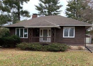 Foreclosed Home in Cedar Rapids 52403 23RD STREET DR SE - Property ID: 4434963385