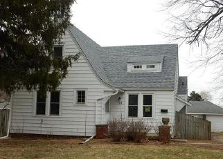 Foreclosed Home in Springfield 62702 N MILTON AVE - Property ID: 4435003690