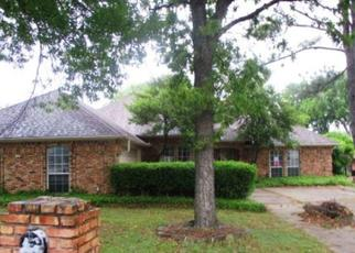 Foreclosed Home in Mansfield 76063 KINGSTON DR - Property ID: 4435013765