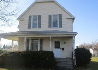 Foreclosed Home in Monmouth 61462 N G ST - Property ID: 4435045737
