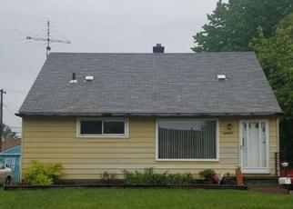 Foreclosed Home in Warren 48089 MONA AVE - Property ID: 4435080322