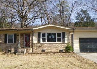 Foreclosed Home in Huntsville 35803 GREENLEAF DR SE - Property ID: 4435272605