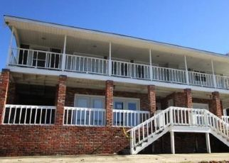 Foreclosed Home in Jacksons Gap 36861 BAY PINE PT - Property ID: 4435283551