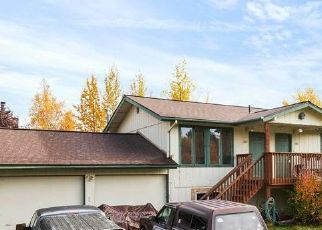 Foreclosed Home in Anchorage 99502 LEAWOOD DR - Property ID: 4435302380