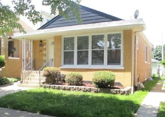 Foreclosed Home in Berwyn 60402 ELMWOOD AVE - Property ID: 4435337419