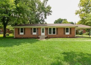 Foreclosed Home in Clarksville 37042 EVA DR - Property ID: 4435357121