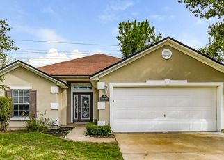 Foreclosed Home in Jacksonville 32218 HAYDEN LAKES CIR - Property ID: 4435377273