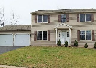 Foreclosed Home in Birdsboro 19508 CARRIAGE DR - Property ID: 4435429389