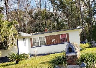 Foreclosed Home in Jacksonville 32209 AGRA CT - Property ID: 4435725912