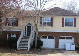 Foreclosed Home in Marietta 30060 DYER PARKE LN SW - Property ID: 4435734670