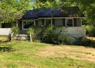 Foreclosed Home in Mount Olive 35117 BOLING RD - Property ID: 4435922556