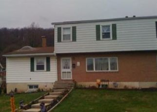 Foreclosed Home in Reading 19606 MARSHALL AVE - Property ID: 4435960214