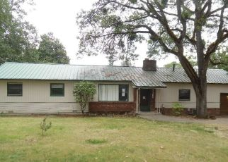 Foreclosed Home in Medford 97504 E MAIN ST - Property ID: 4436005772