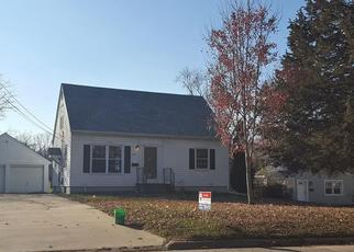 Foreclosed Home in Cedar Rapids 52402 32ND ST NE - Property ID: 4436171767