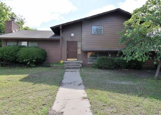 Foreclosed Home in Broken Arrow 74012 S CEDAR CT - Property ID: 4436212941