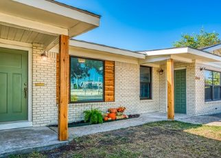 Foreclosed Home in San Antonio 78213 CHERRY RIDGE DR - Property ID: 4436359210