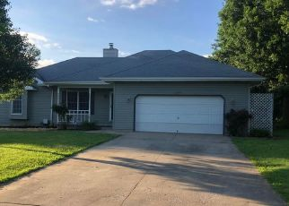 Foreclosed Home in Springfield 65807 W ERIE ST - Property ID: 4436380681