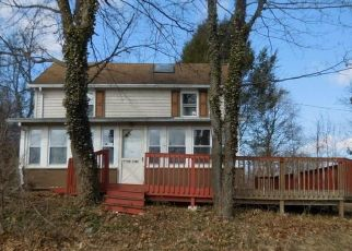 Foreclosed Home in Breinigsville 18031 VINE RD - Property ID: 4436491481