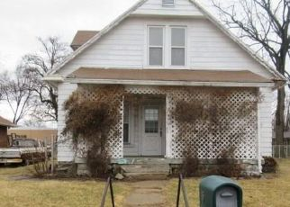 Foreclosed Home in Indianapolis 46219 S KITLEY AVE - Property ID: 4436581714