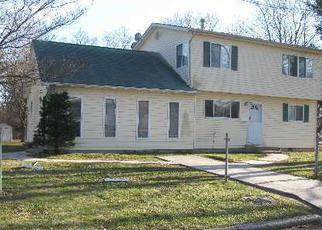 Foreclosed Home in Bay Shore 11706 19TH AVE - Property ID: 4436669744