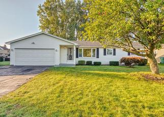 Foreclosed Home in Rochester 14622 GALWOOD DR - Property ID: 4436674108