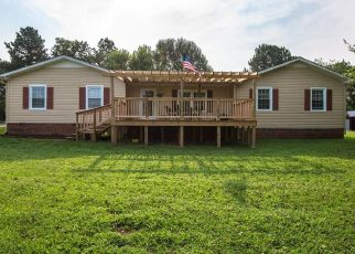 Foreclosed Home in Dickson 37055 MURRELL RD - Property ID: 4436794564