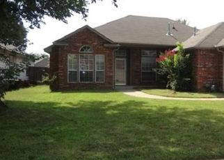 Foreclosed Home in Broken Arrow 74012 S GUM AVE - Property ID: 4436966690
