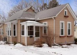 Foreclosed Home in Saint Paul 55106 JESSAMINE AVE E - Property ID: 4436996462