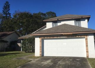 Foreclosed Home in Orlando 32810 RADIANT CIR - Property ID: 4437040256