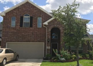 Foreclosed Home in Houston 77069 BENDING MAPLE DR - Property ID: 4437148889