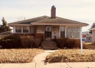 Foreclosed Home in Saint Paul 55104 FULLER AVE - Property ID: 4437170340
