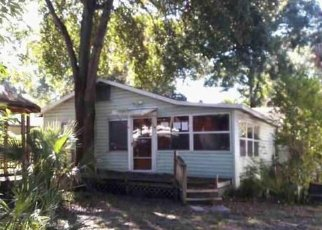 Foreclosed Home in Tampa 33610 E SHADOWLAWN AVE - Property ID: 4437190489