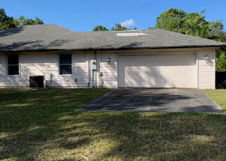 Foreclosed Home in Loxahatchee 33470 KAZEE RD - Property ID: 4437195301