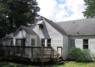Foreclosed Home in Portsmouth 23702 EDISON AVE - Property ID: 4437232535