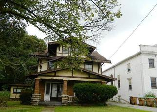Foreclosed Home in Buffalo 14225 PINE RIDGE RD - Property ID: 4437364805