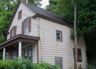 Foreclosed Home in Schenectady 12303 2ND AVE - Property ID: 4437369623
