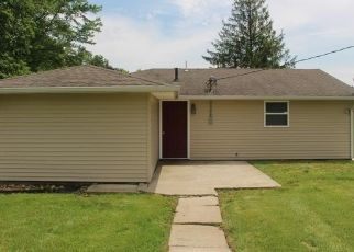 Foreclosed Home in Medora 47260 S COUNTY ROAD 975 W - Property ID: 4437497507