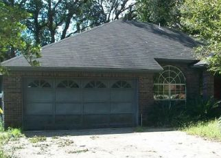 Foreclosed Home in Jacksonville 32225 BABBLING BROOK DR - Property ID: 4437518982