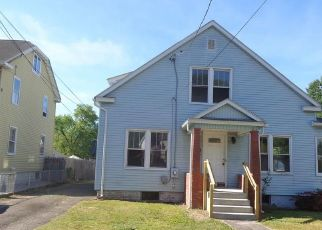 Foreclosed Home in Chicopee 01020 NAOMI ST - Property ID: 4437523341