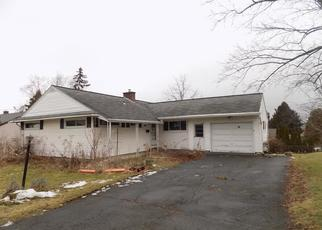 Foreclosed Home in Vestal 13850 ALPINE DR - Property ID: 4437679712