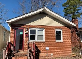 Foreclosed Home in Newport News 23607 36TH ST - Property ID: 4437812412