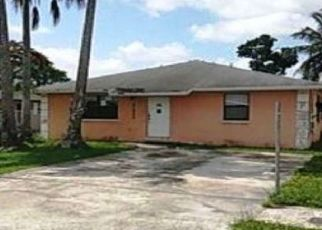Foreclosed Home in Miami 33177 SW 212TH ST - Property ID: 4437913135