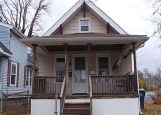 Foreclosed Home in Lockport 14094 GRANT ST - Property ID: 4437949949