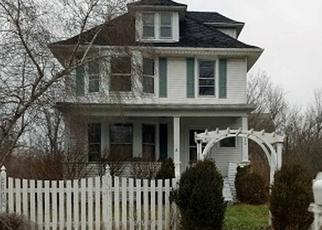 Foreclosed Home in Clarence Center 14032 CLARENCE CENTER RD - Property ID: 4437950820