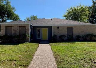 Foreclosed Home in Houston 77083 PASEO DEL REY DR - Property ID: 4437995485