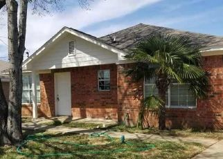 Foreclosed Home in Fort Worth 76105 FITZHUGH AVE - Property ID: 4438001624