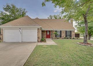 Foreclosed Home in Grand Prairie 75052 COVINGTON CT - Property ID: 4438006432