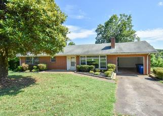 Foreclosed Home in Winston Salem 27105 SUNRISE TER - Property ID: 4438064685