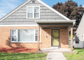 Foreclosed Home in Milwaukee 53216 N 62ND ST - Property ID: 4438114166
