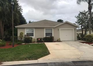 Foreclosed Home in West Palm Beach 33415 CLUB CIR - Property ID: 4438150527